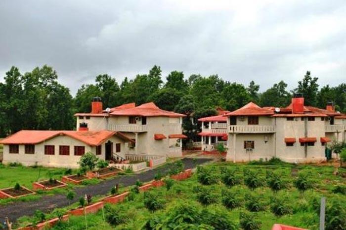 Grand-tiger-resort-Kanha