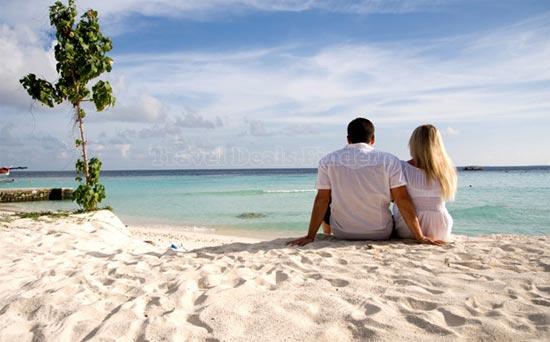 Couples at Goa Beach