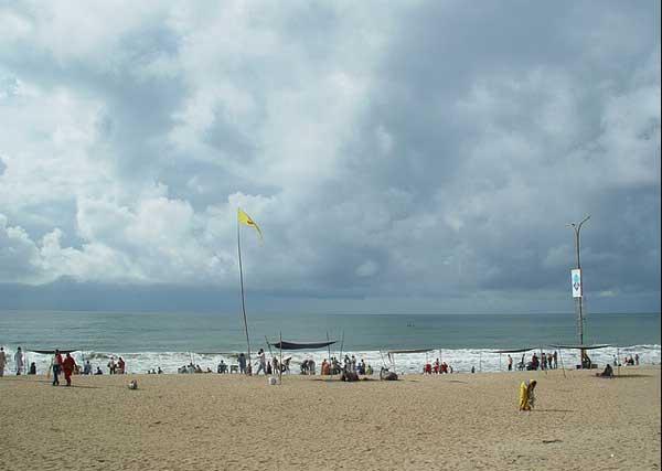 Puri-beach,thomas[flickr.com]
