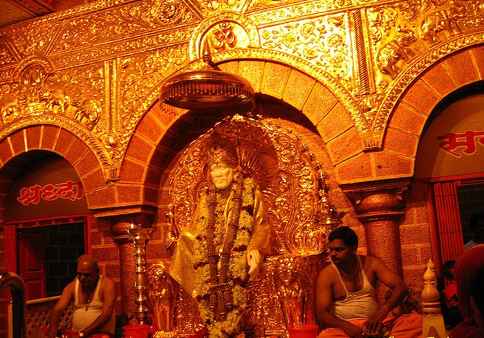 Shirdi-temple(jeevan-flickr)