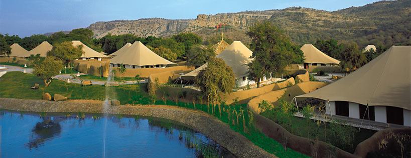 The-oberoi-vanyavilas-hotel-ranthambore1