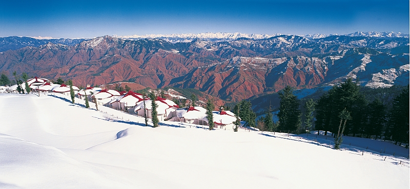Mesmerizing Shimla and Manali Tour Package By Make My Trip