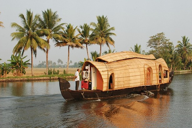 houseboatPristine South Kerala