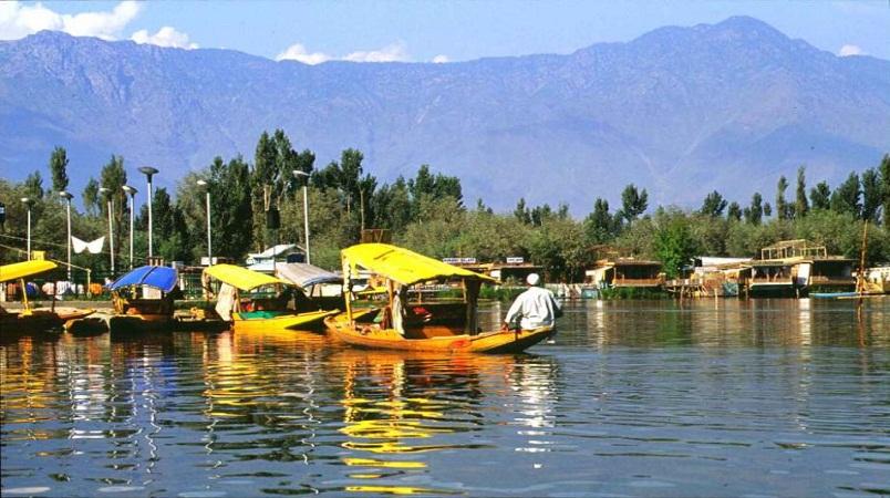 Shikara boat ride