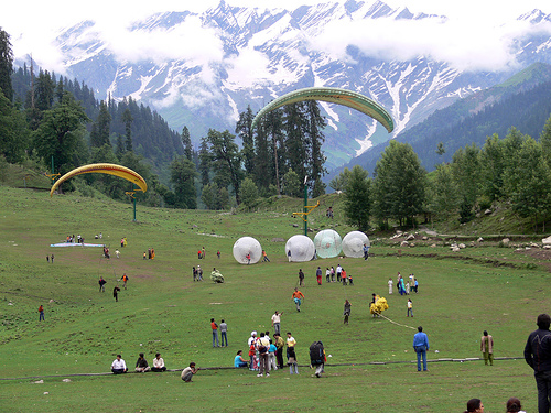 Explore Manali By Volvo Honeymoon Tour Package By Tui