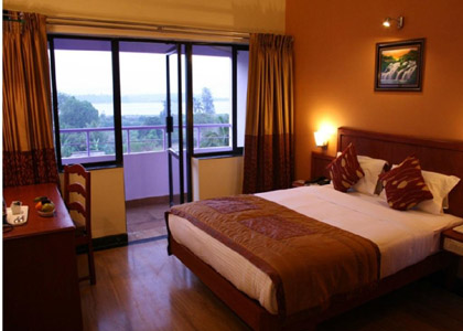 Sterling-Pine Hills Resort mussoorie room