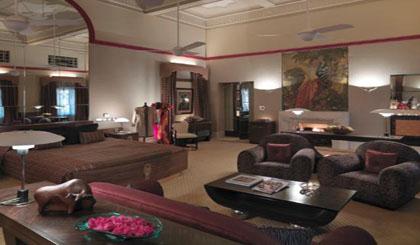 Umaid Bhawan Palace maharaja-suite-bedroom