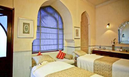 hotel-usha-kiran-palace-gwalior