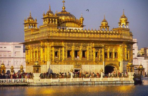 sikhism_holy_golden_temple
