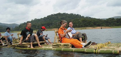Bamboo rafting periyar Lake