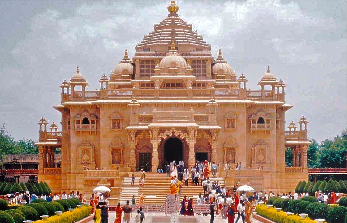 Explore Temples & Wildlife of Gujarat With Aeronet Holidays