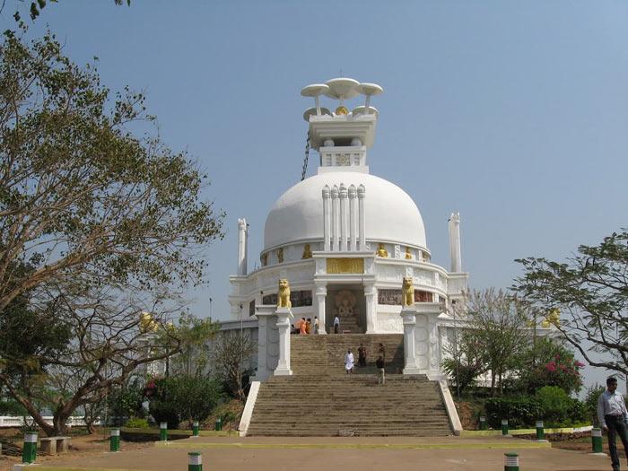Shanti Stupa dhauli