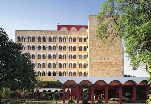 Gateway-Hotel-Ganges-Varana