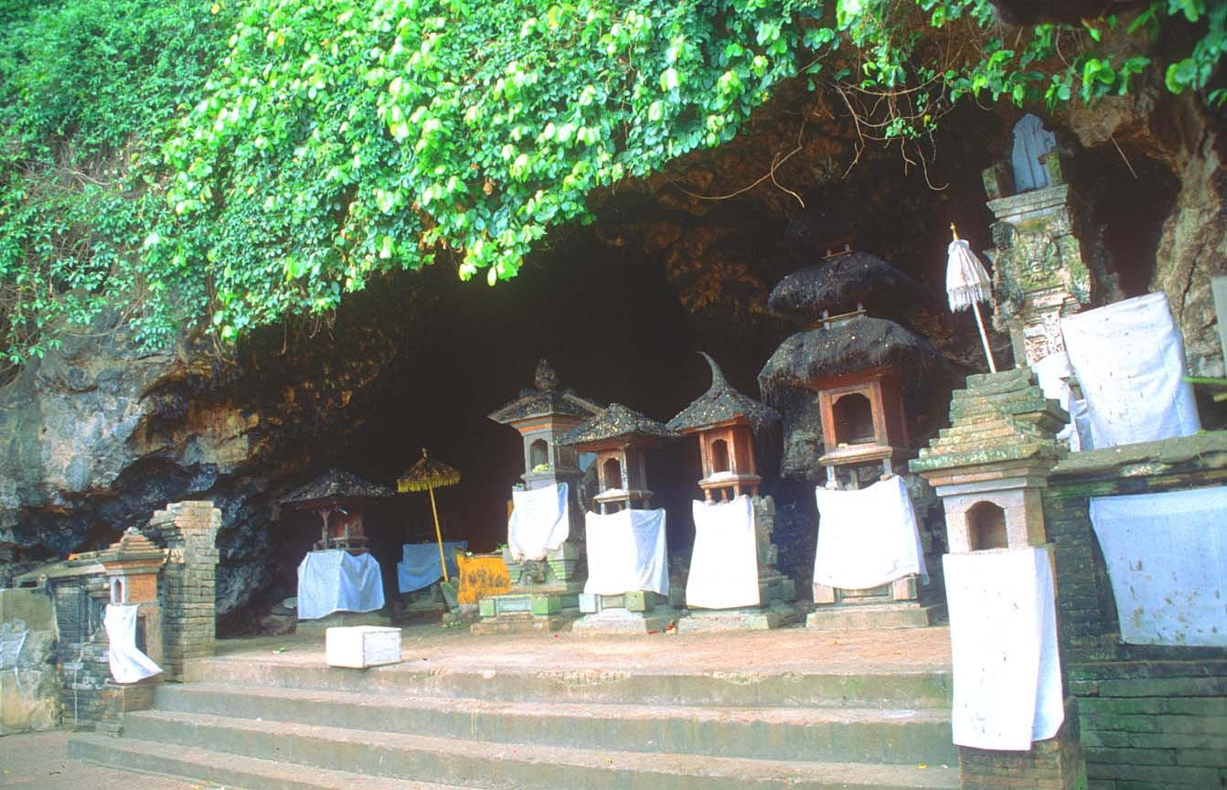 Goa Lawah cave