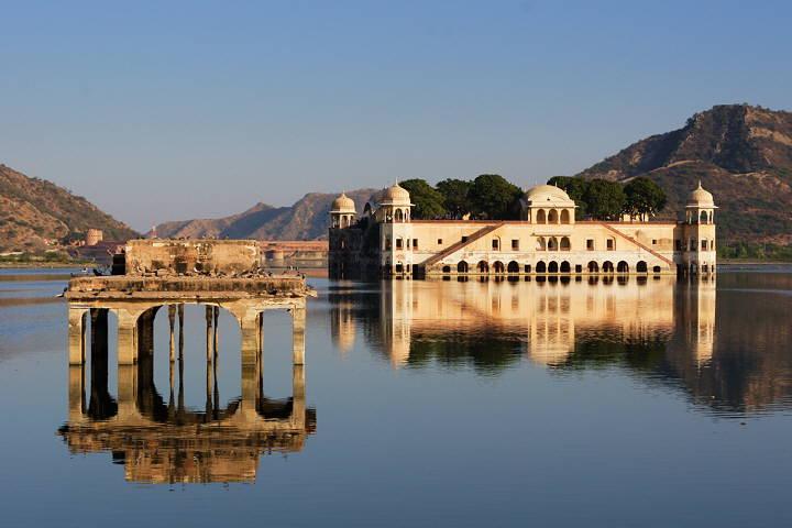 Jaipur Lakepalace