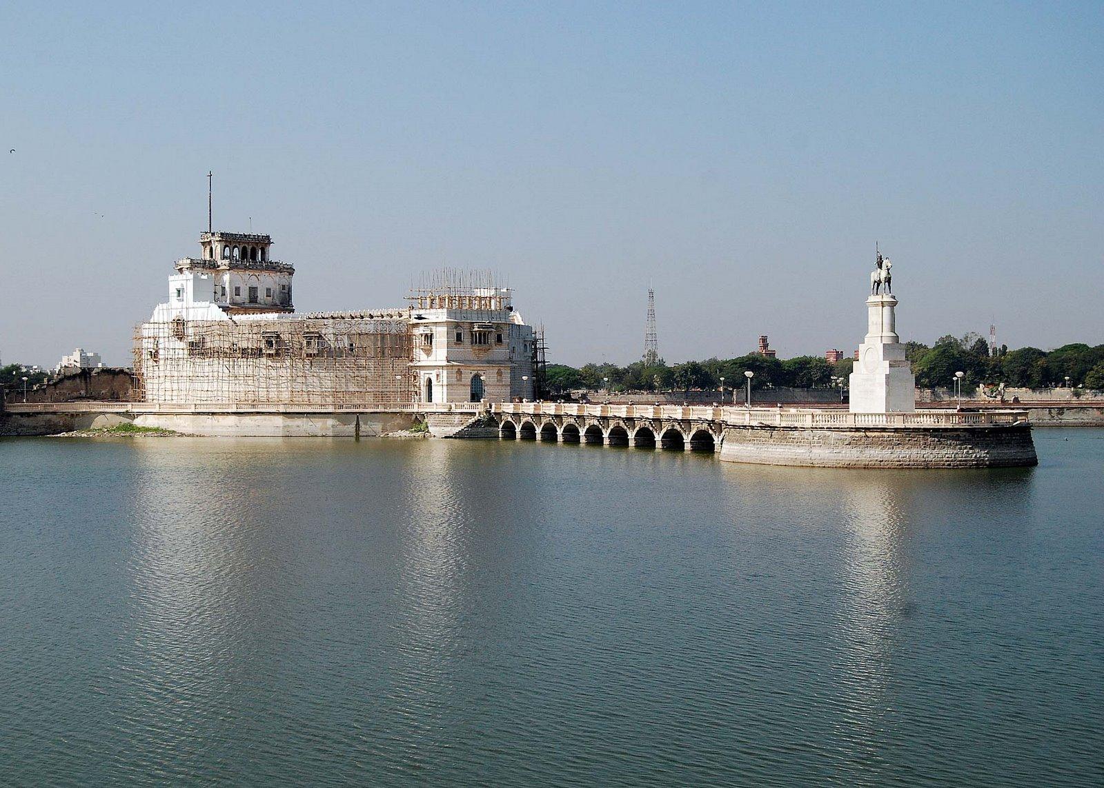 Jamnagar Lakhota lake
