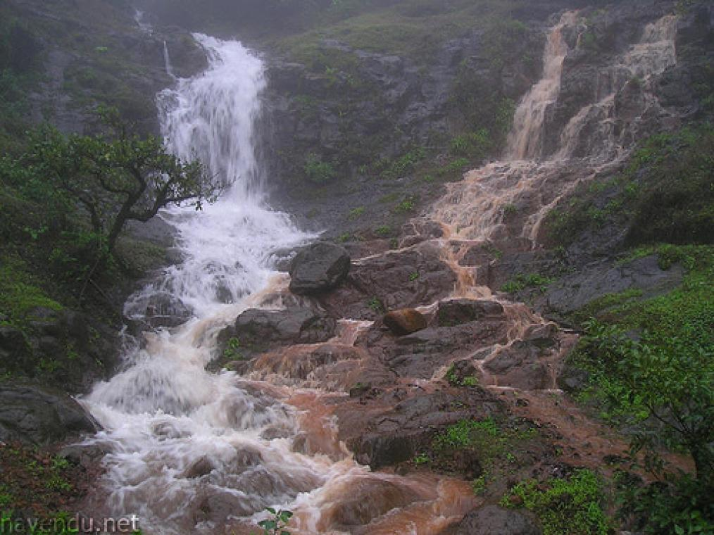 Mansoon Water Falls in Panchgani