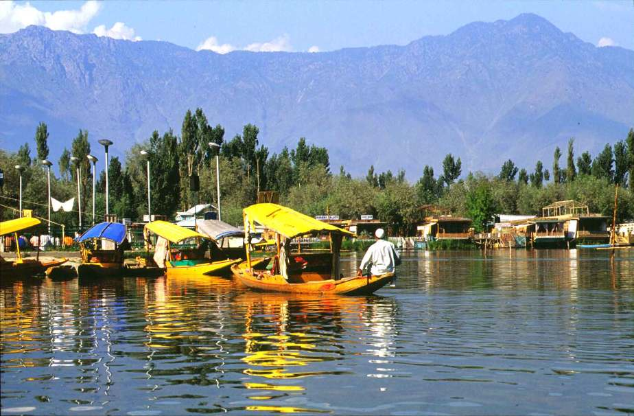 Srinagar House Boats