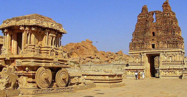 Temple vehicle and Entrance tower in vitthala tempel hampi