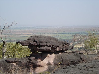 Tortoise rock formation at Bhimbetka