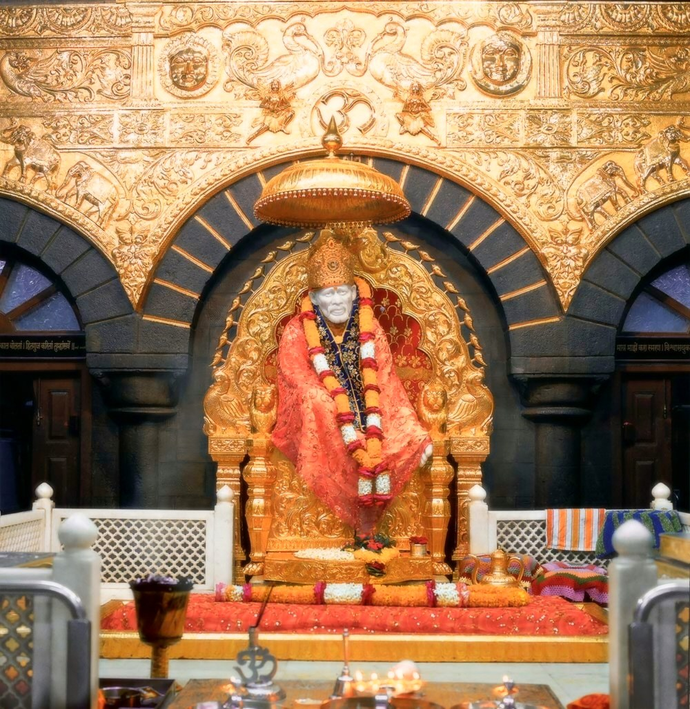 Golden Throne Shirdi Sai