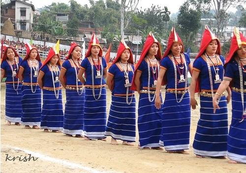 Itanagar Tribal Girls Dancing