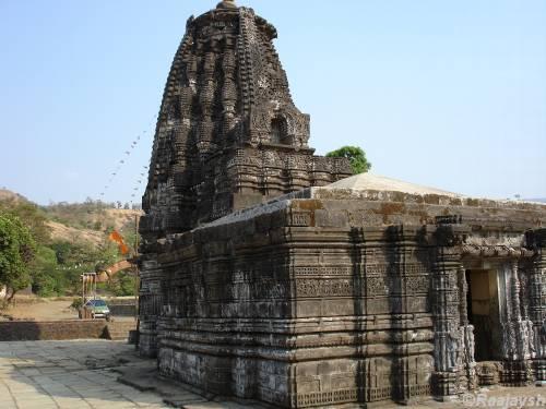 old temple shirdi