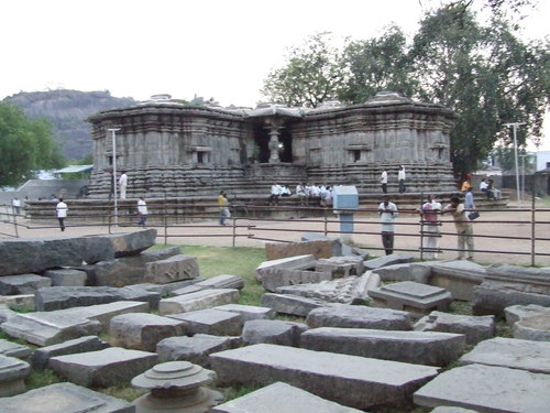 Orugallu warangal pillars temple