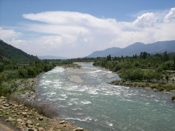 pahalgam lidder river