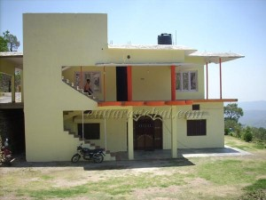 Parking and Garden at Jadali Guest House