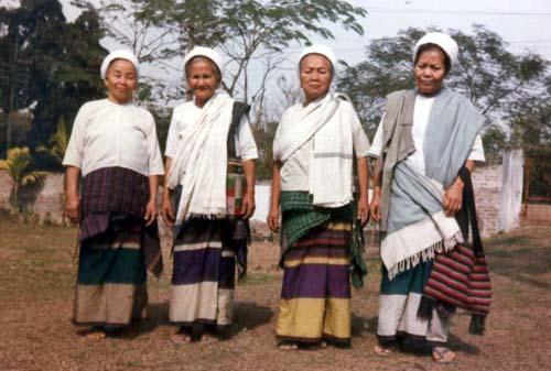 Tai Phake Women